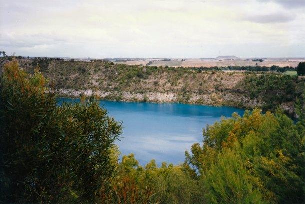 01-29-1998 02 Blue Lake and Mt Schank.jpg