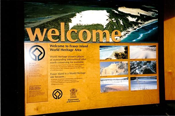 05-08-1998 03 arrival Fraser Is.jpg