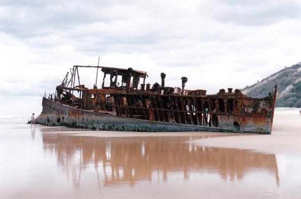 05-11-1998 06 Maheno wreck.jpg