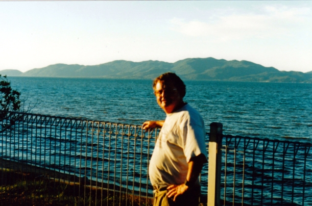 05-24-1998-magnetic-island-from-strand-townsville