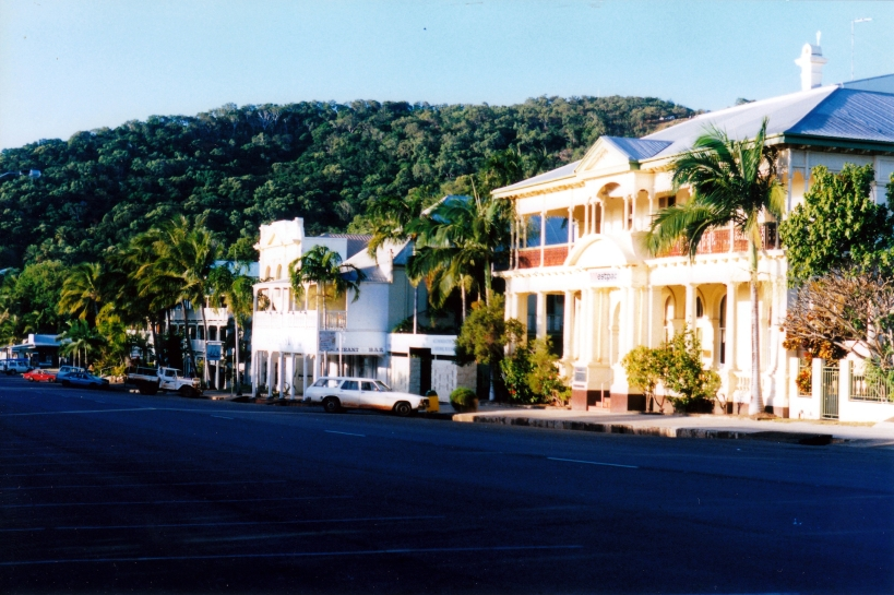 06-30-1998 02 historic building Cooktown.jpg