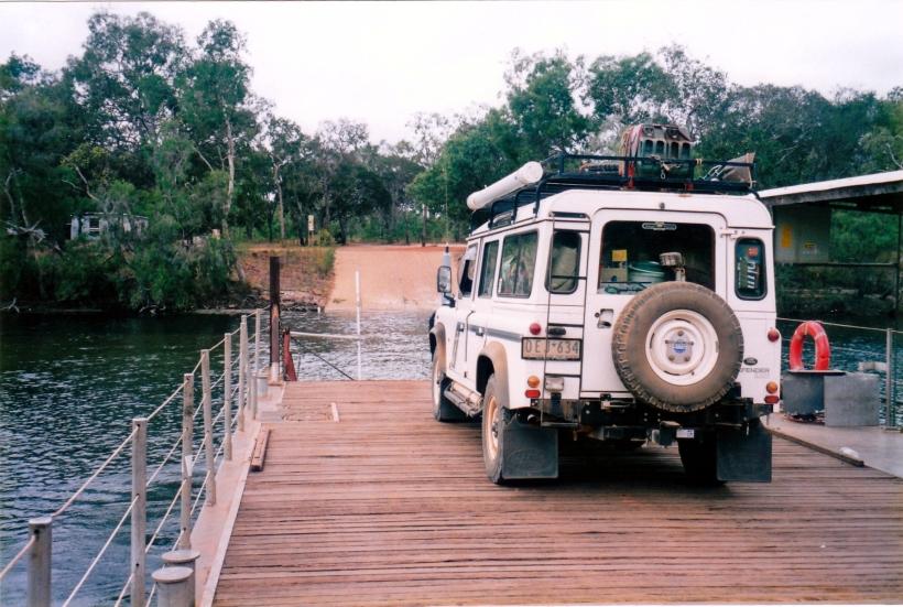 08-03-1998 02 jardine ferry.jpg