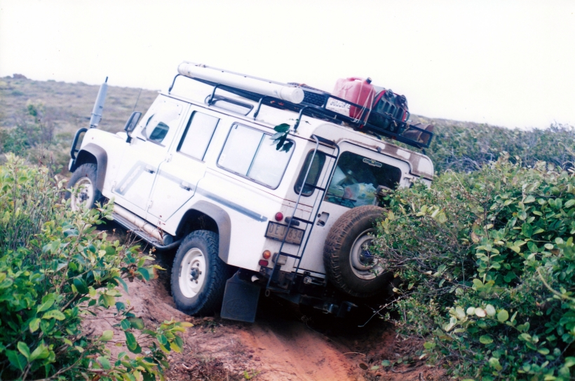 08-17-1998-04-truck-stuck-ussher-point-from-back