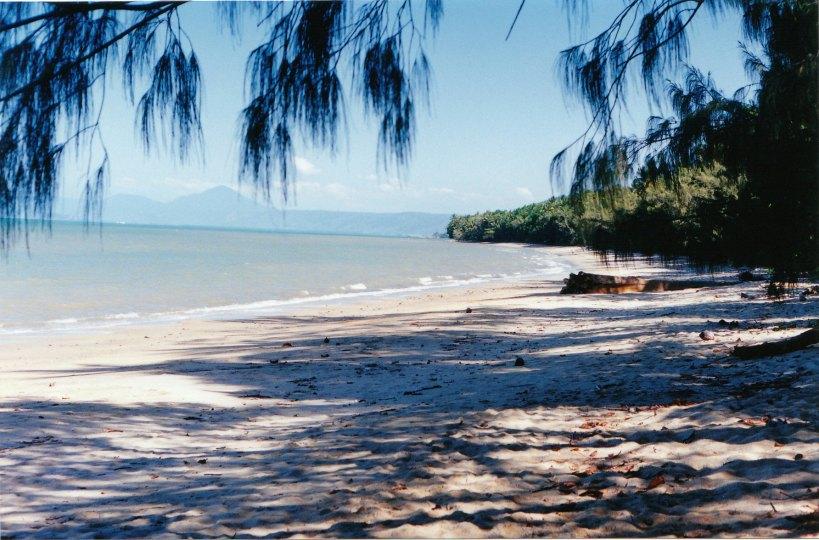 08-26-1998 Wonga Beach.jpg