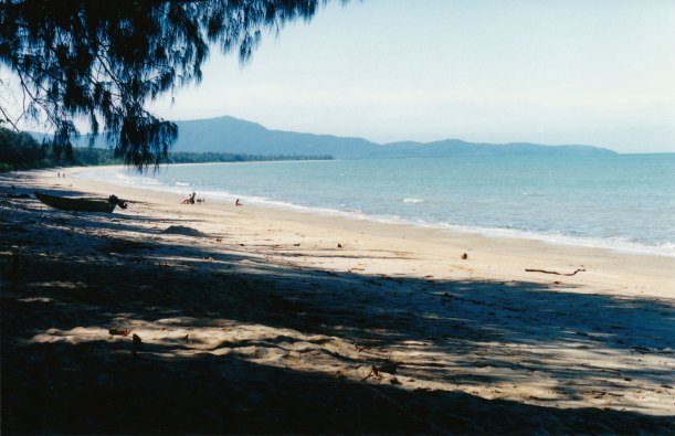 08-27-1998 from Wonga looking north to Daintree.jpg