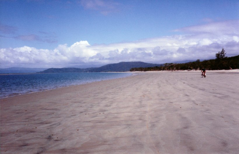 09-03-1998 04 cycling on beach Wonga to Daintree and back.jpg