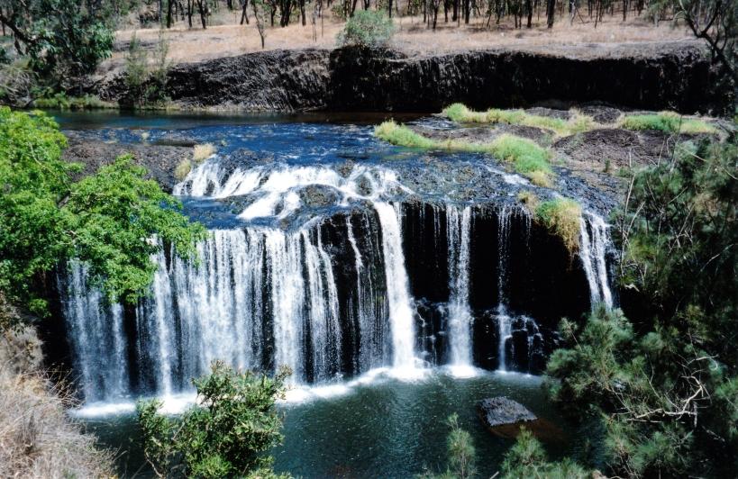 10-06-1998 Millstream Falls.jpg
