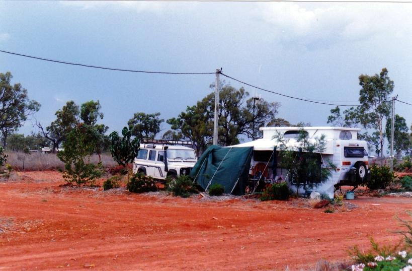 10-07-1998 07 bedrock village.jpg