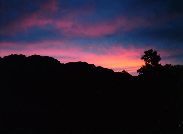 05-07-1999 10 sunset over elder range from moralana rd.jpg