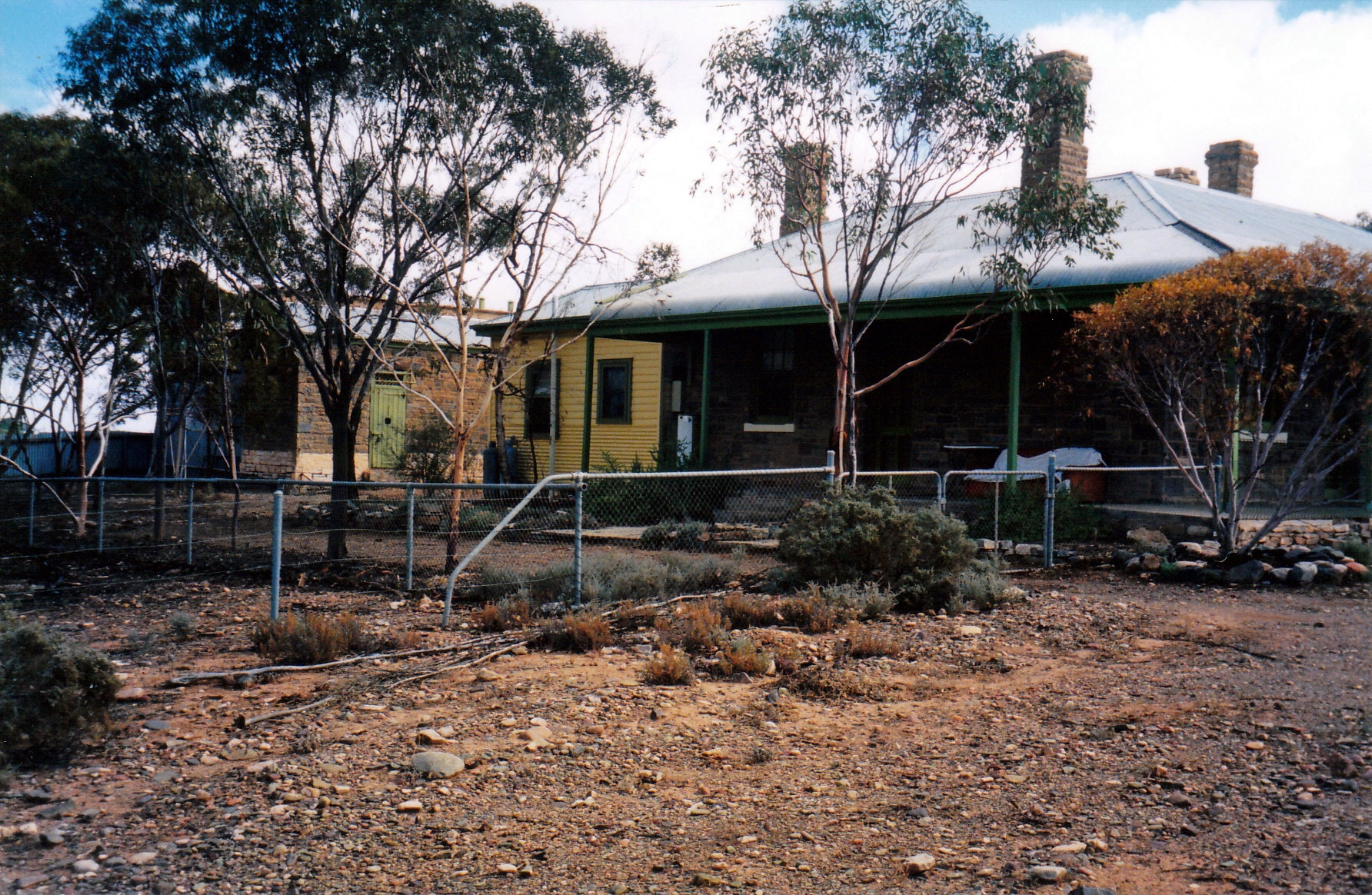 05-23-1999 02 old police station and jail at back.jpg