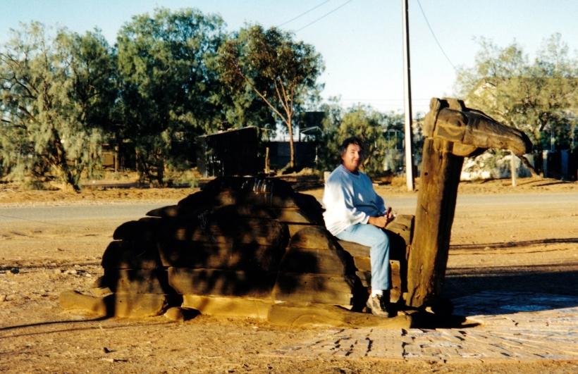 05-24-1999 06 camel feature marree.jpg