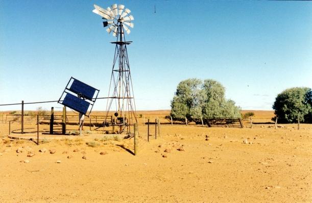 05-25-1999 08 high tech windmill.jpg
