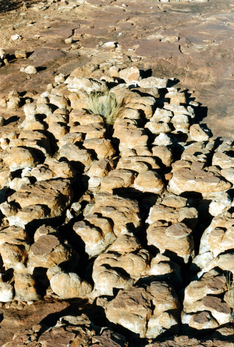 06-15-1999 14 Giles Tk rock patterns.jpg