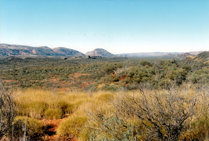 06-28-1999 LO 10 near Ochre Pits view towards Ellery Ck.jpg