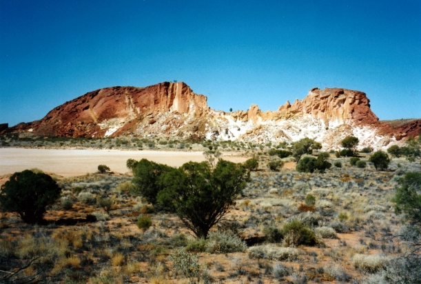 06-30-1999 02 rainbow valley.jpg