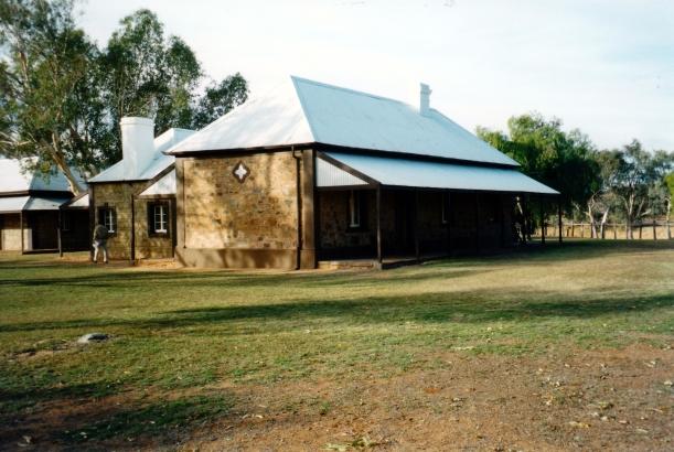 07-01-1999 03 Telegraph Station Alice Springs