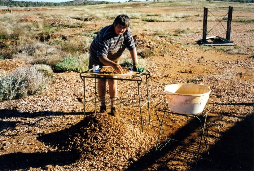07-21-1999 wendy inspecting wash.jpg