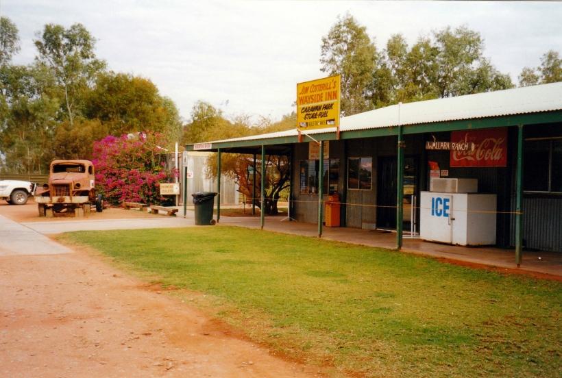 08-11-1999 15  pioneer truck and wallara ranch sign.jpg
