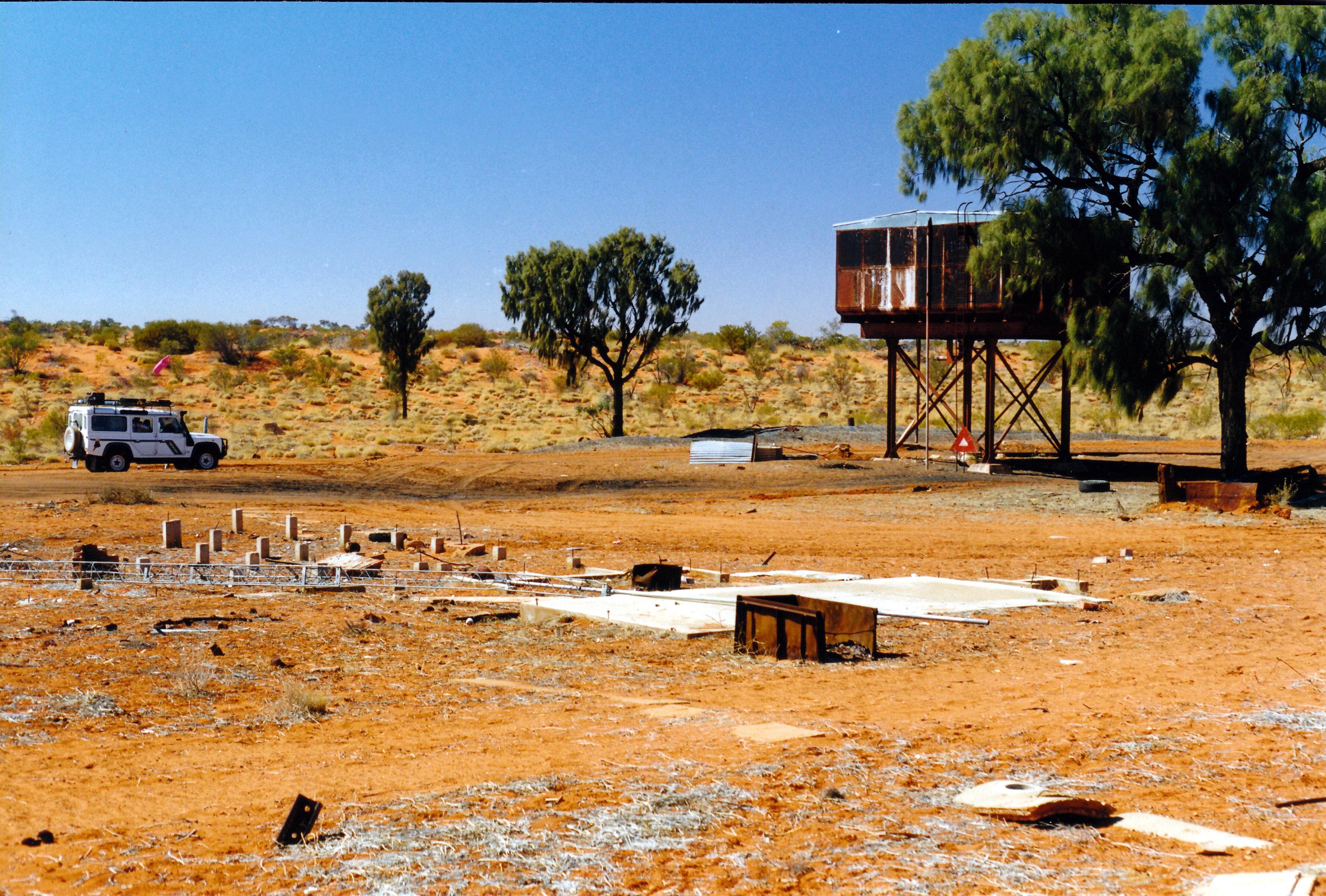 08-13-1999 05  Bundooma Siding ruins.jpg