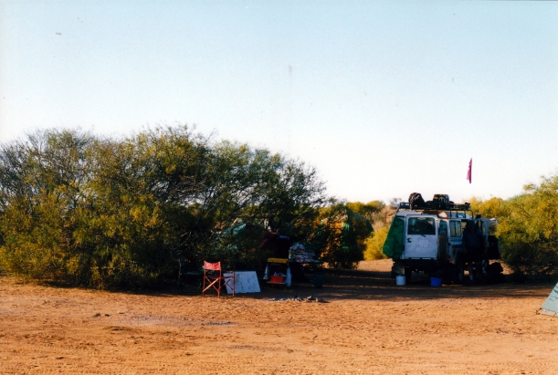 08-15-1999 15  Purni Bore camp.jpg