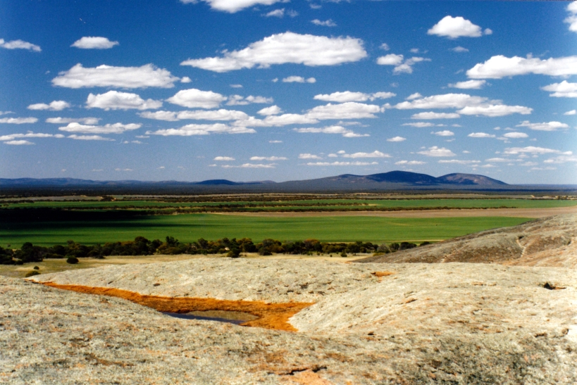09-07-1999 06  Gawler Ra from Pildappa Rock.jpg