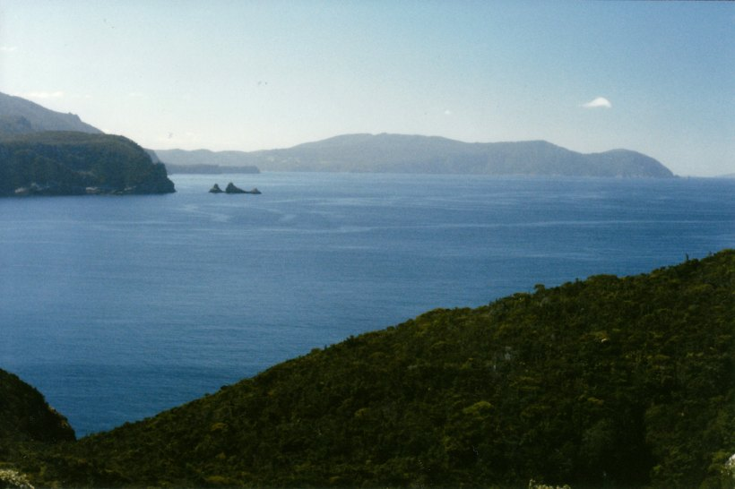 11-27-1999 04 view nth from Cape Hauy track