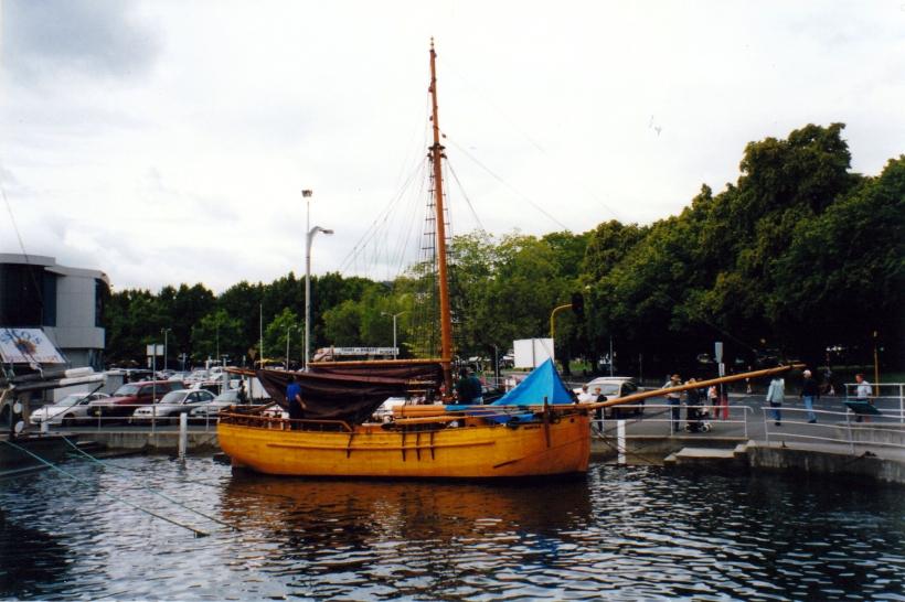 01-22-2000 huon pine boat hobart.jpg