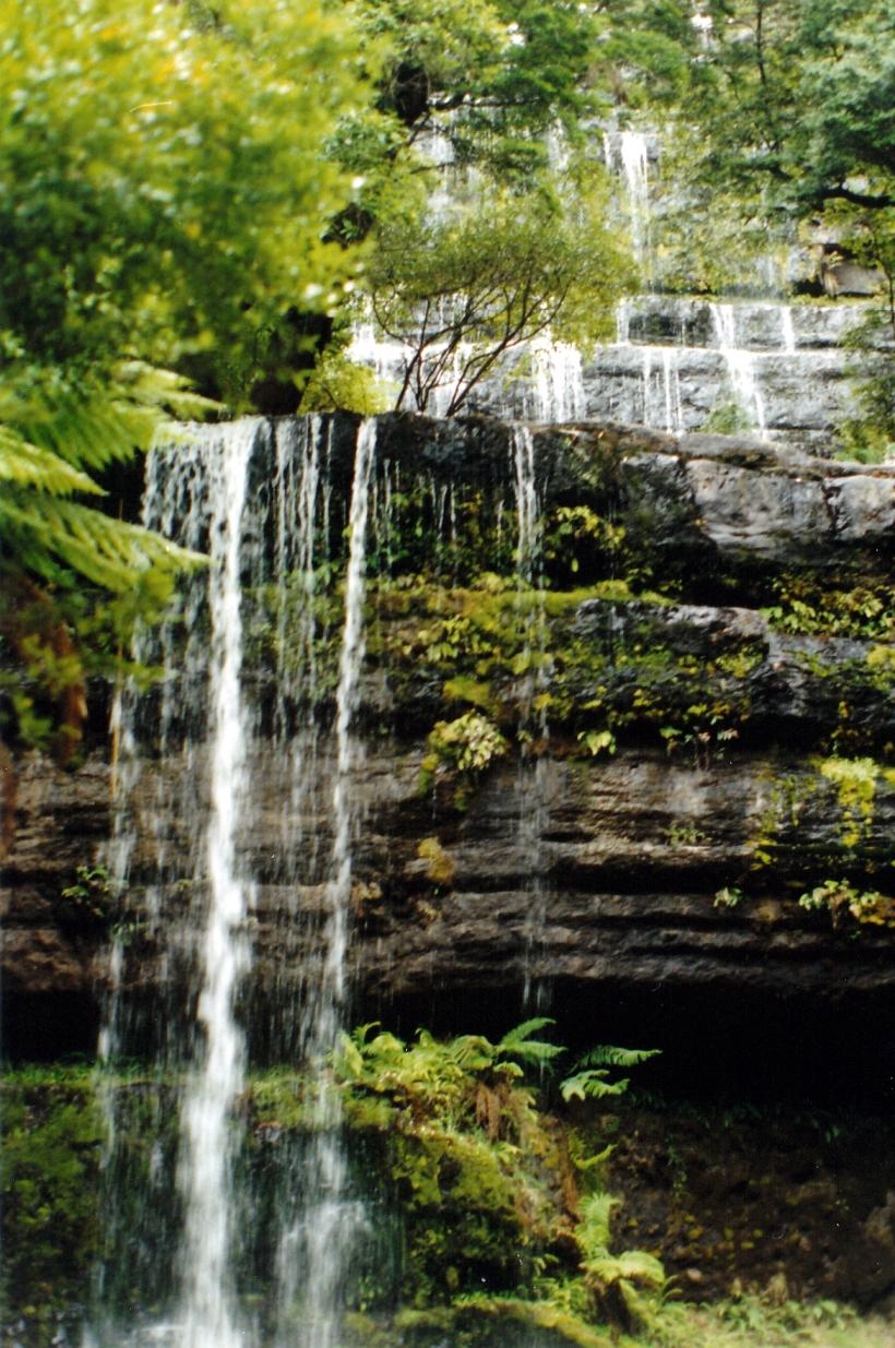 01-25-2000 russell falls.jpg
