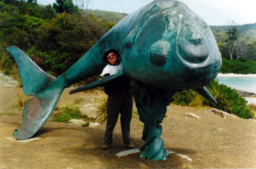 02-06-2000 03 Whalers memorial cockle ck.jpg