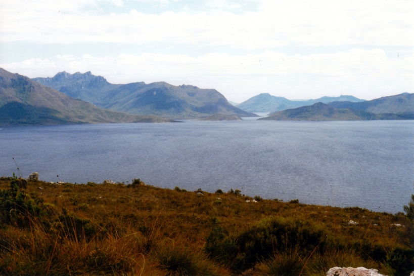 02-18-2000 12  original Lake Pedder around the corner.jpg