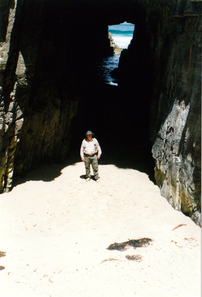 12-01-1999 remarkable cave.jpg