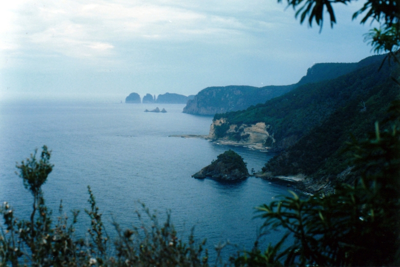 12-02-1999 cape hauy from waterfall cave tk