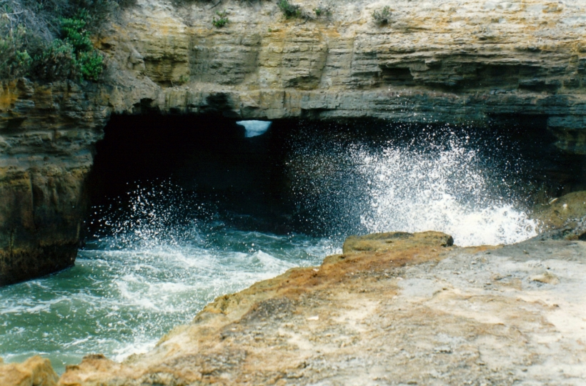 12-08-1999 blowhole eaglehawk neck.jpg