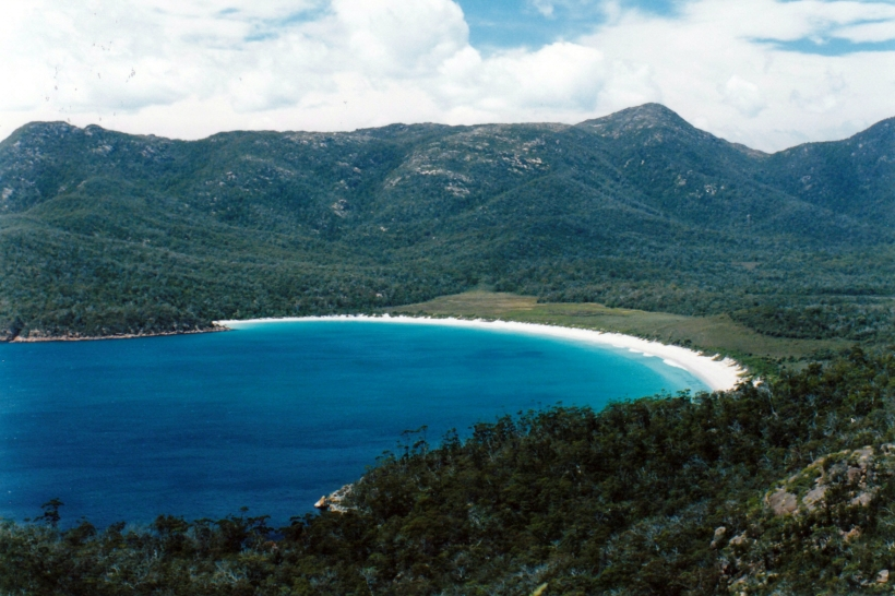 12-17-1999 02 wineglass bay