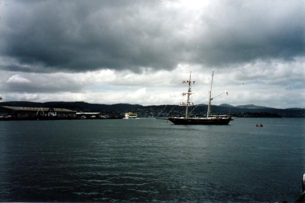12-31-1999 young endeavour radio ship.jpg