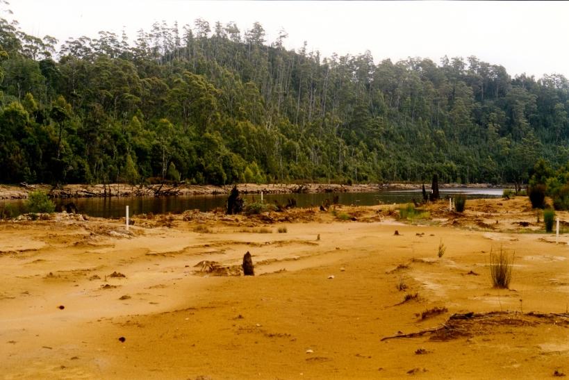02-27-2000 King R Teepookana and mine sludge