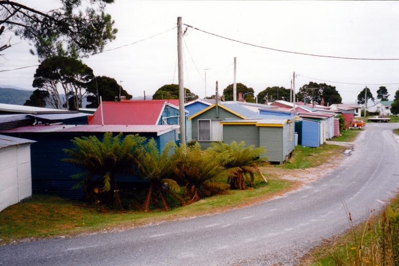 02-27-2000 Strahan shacks.jpg