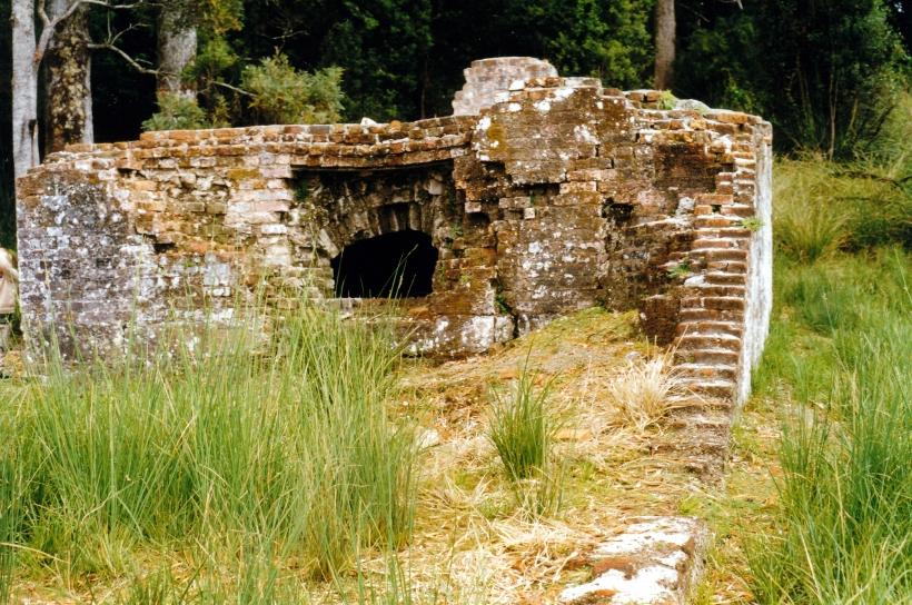 02-29-2000 06 Sarah Island ruins