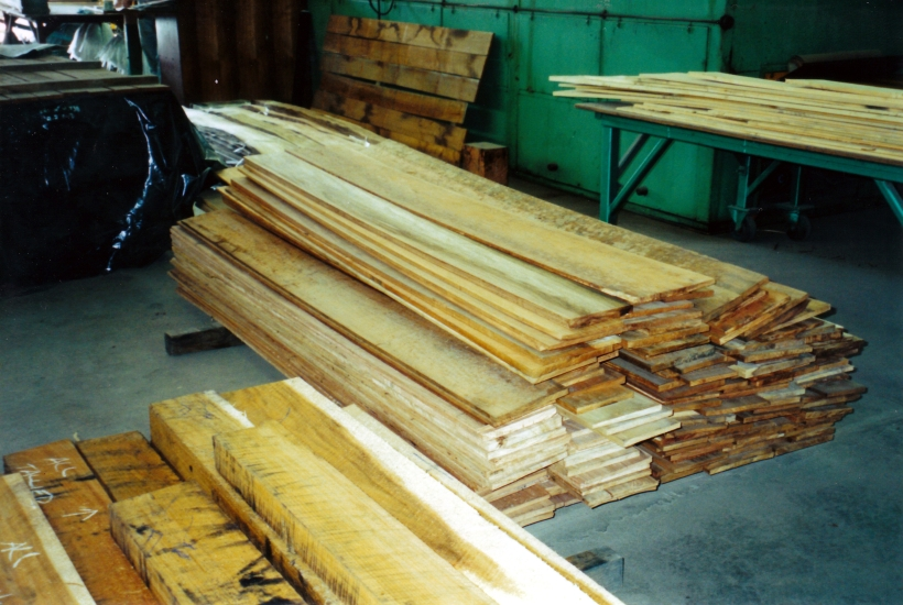 03-14-2000 nice boards left after veneering.jpg