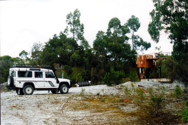 03-20-2000 01 ruins at Balfour mine site.jpg
