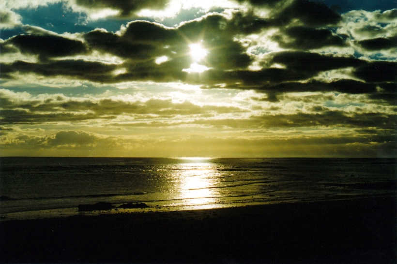 03-23-2000 wynyard sunset.jpg