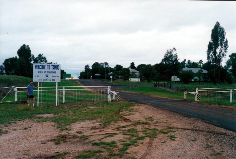 05-02-2000 Tambo entry.jpg