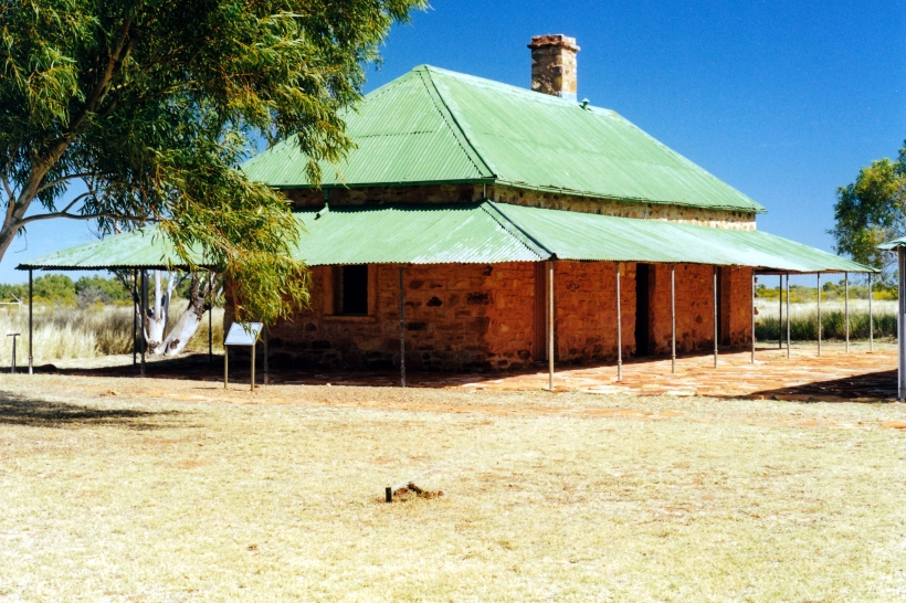06-16-2000 old telegraph station tennant ck.jpg