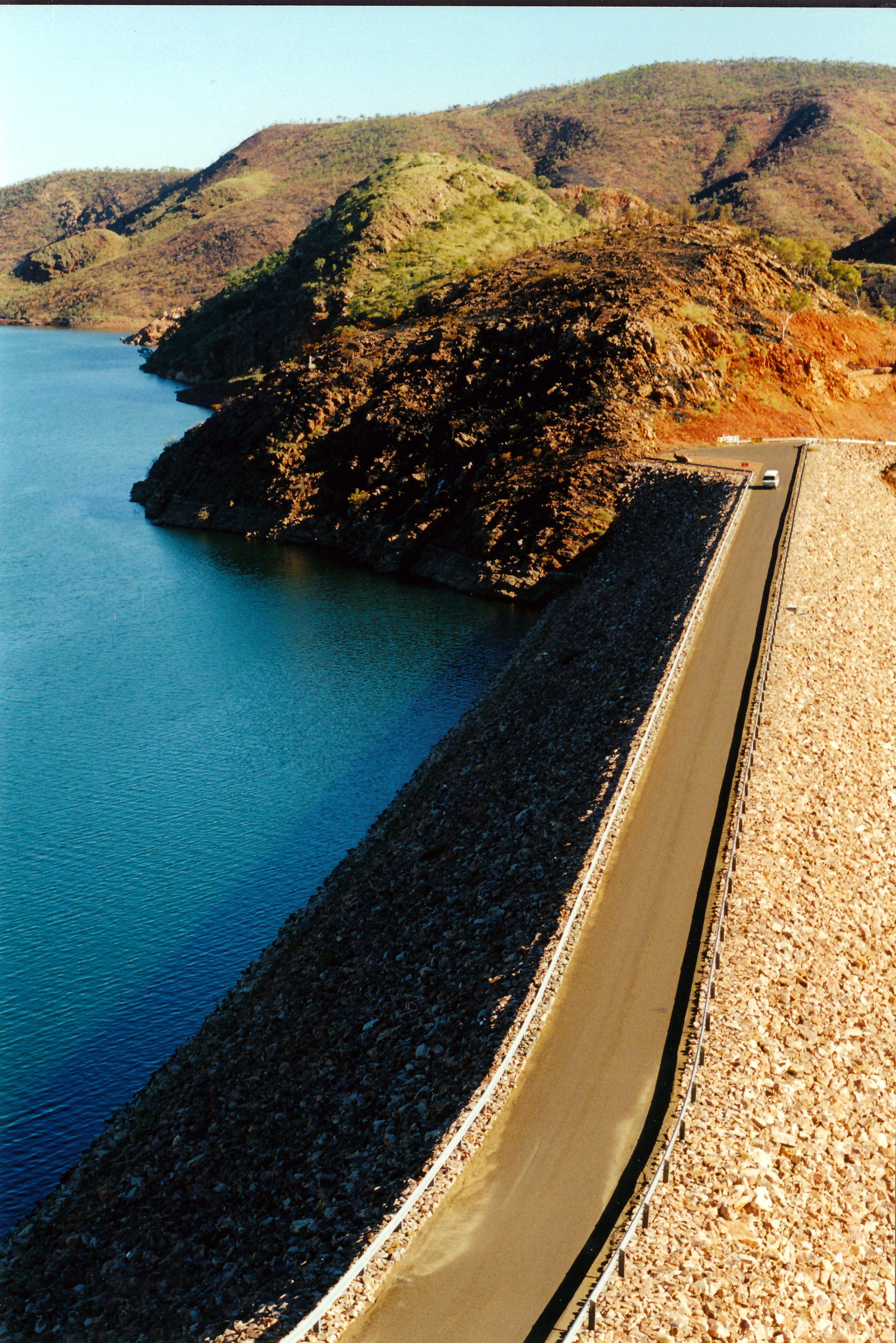 06-27-2000 02 argyle dam wall.jpg