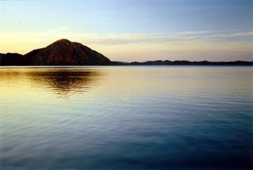 06-28-2000 07 lake argyle sunset.jpg