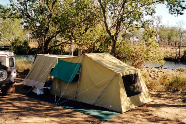 07-19-2000 01 camp at turtle pool theda