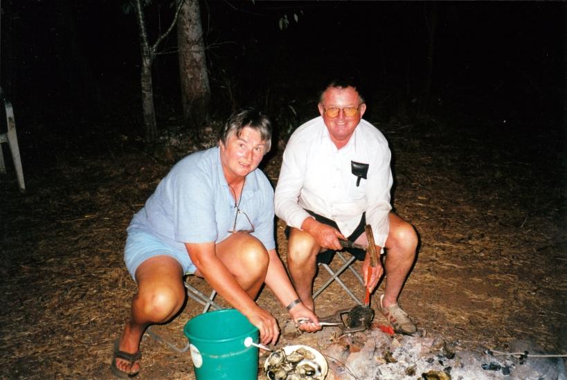 07-28-2000 13 opening blacklip oysters.jpg