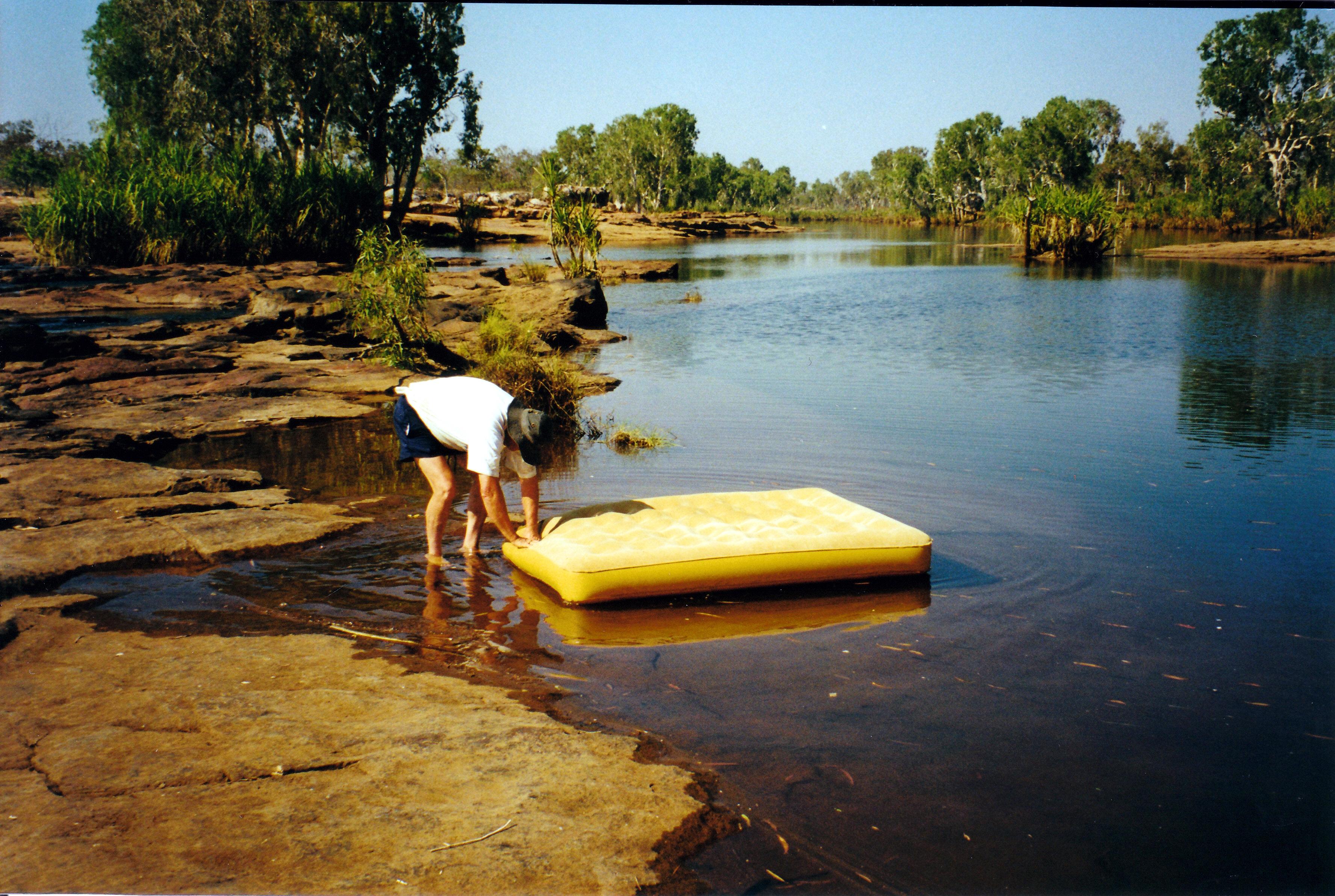 08-08-2000 02 finding leak.jpg