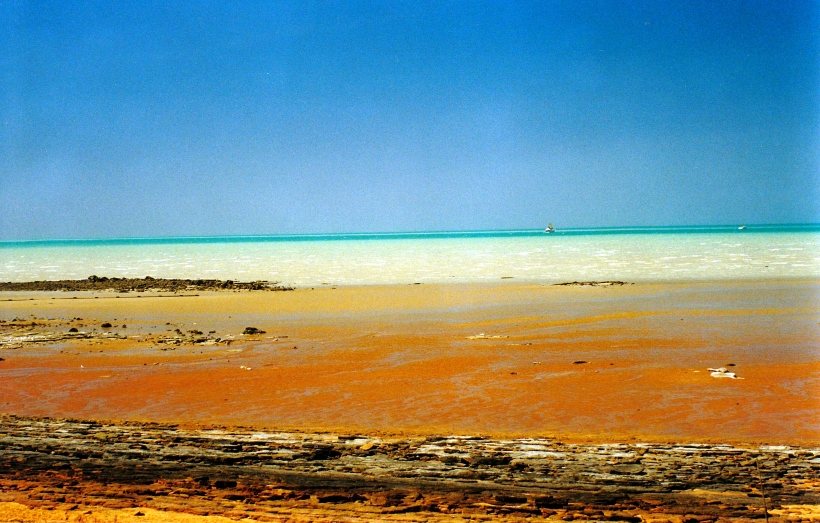 08-21-2000 roebuck bay low tide.jpg