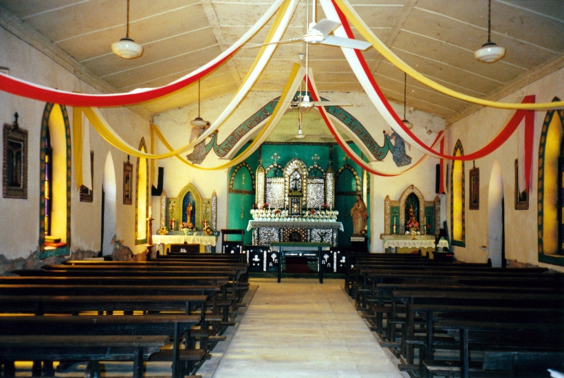 08-28-2000 02 beagle bay church inside.jpg